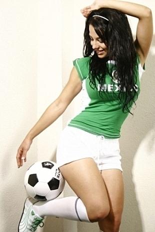 mexico-soccergirl